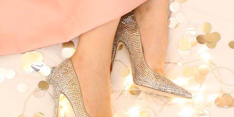 High heels, Bridal shoe, Foot, Beige, Natural material, Basic pump, Glitter, Close-up, Peach, Dancing shoe,