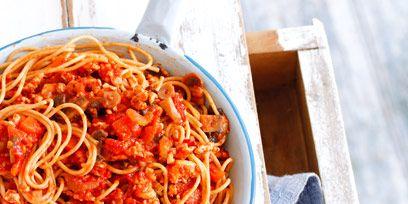 Food, Cuisine, Pasta, Ingredient, Noodle, Spaghetti, Dish, Chinese noodles, Condiment, Al dente,