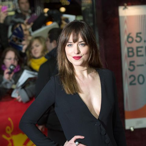 Dakota johnson leaves 50 shades of grey behind in comedy how to be image getty images the first trailer for how to be single ccuart Images