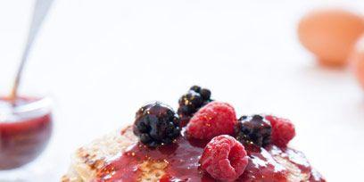 Food, Ingredient, Cuisine, Fruit, Tableware, Dish, Breakfast, Berry, Frutti di bosco, Serveware,