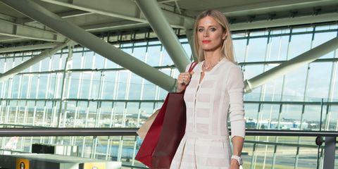 Sleeve, Shoe, Bag, Style, Street fashion, Dress, Luggage and bags, Fashion, High heels, Knee,