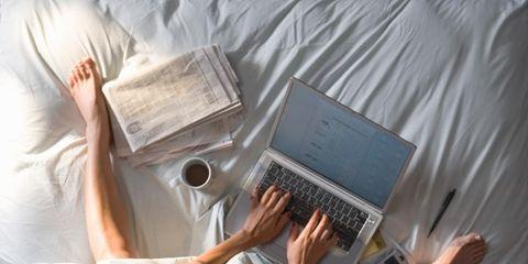 Elbow, Laptop part, Comfort, Wrist, Back, Technology, Office equipment, Computer hardware, Netbook, Linens,