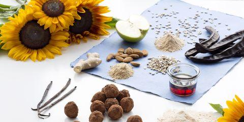 Sunflower, Ingredient, Flower, Petal, Serveware, Dishware, Cut flowers, Soapberry family, Rum ball, Daisy family,