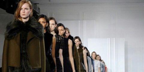 Footwear, Fashion show, Dress, Style, Runway, Fashion model, Fashion, One-piece garment, Fur, Fashion design,