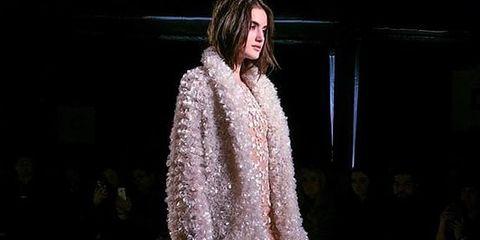 Fashion show, Style, Runway, Fashion model, Street fashion, Fashion, Fur, Model, Haute couture, Fashion design,