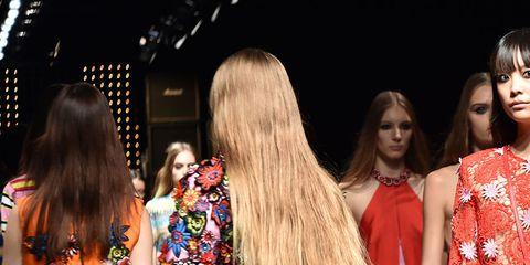 Clothing, Dress, One-piece garment, Fashion, Street fashion, Day dress, Bag, Cocktail dress, Fashion model, Long hair,