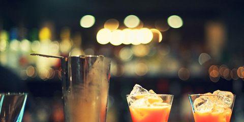 Tableware, Drink, Glass, Barware, Drinkware, Cocktail, Classic cocktail, Alcoholic beverage, Ingredient, Cocktail garnish,