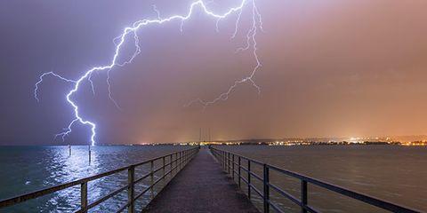 Sky, Thunderstorm, Water, Storm, Thunder, Atmosphere, Atmospheric phenomenon, Horizon, Lightning, Light,
