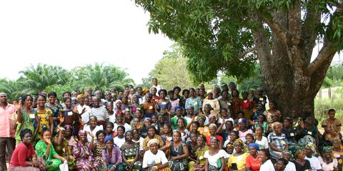 People, Social group, Community, Adaptation, Sharing, Soil, Rural area, Village, Organization, Plantation,