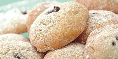 Food, Finger food, Sweetness, Baked goods, Biscuit, Cuisine, Recipe, Snack, Ingredient, Dessert,