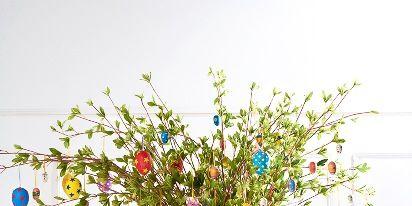 Flowerpot, Interior design, Flower Arranging, Creative arts, Still life photography, Vase, Floral design, Artifact, Houseplant, Floristry,
