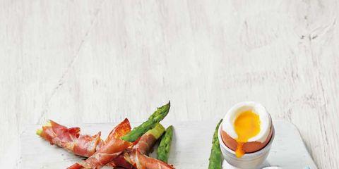 Food, Ingredient, Serveware, Vegetable, Produce, Dishware, Recipe, Meal, Breakfast, Egg yolk,