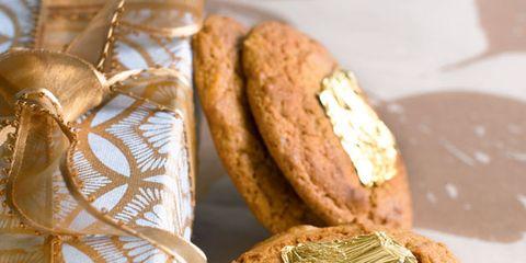 Food, Finger food, Biscuit, Cookies and crackers, Baked goods, Sweetness, Dessert, Snack, Cookie, Recipe,