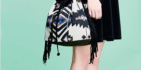 Shoulder, Human leg, Joint, Bag, Knee, Fashion, Teal, Waist, Fashion illustration, Animation,