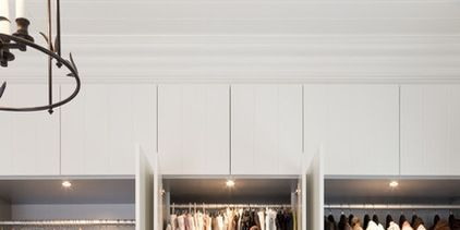 Room, Textile, Clothes hanger, Fashion, Closet, Shelving, Wardrobe, Retail, Collection, Outlet store,