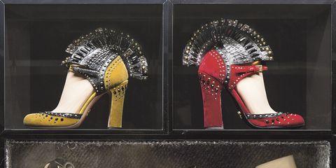 Footwear, Brown, Joint, Style, Fashion, Tan, Foot, Beige, Toe, High heels,