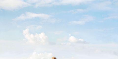 Photograph, Sky, Green, Jogging, Pink, Running, Cloud, Standing, Recreation, Sea,