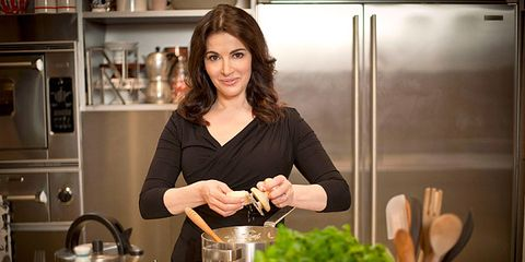 Serveware, Tableware, Shelf, Home appliance, Major appliance, Kitchen appliance, Kitchen utensil, Kitchen, Small appliance, Cooking,