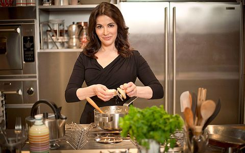Cooking, Cookware and bakeware, Room, Cooking show, Food, Vegetarian food, Kitchen, Homemaker,