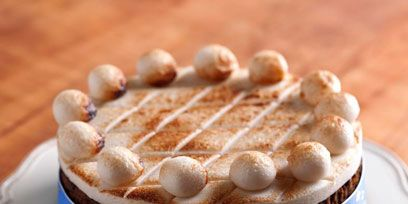 Brown, Food, Cuisine, Dessert, Cake, Baked goods, Serveware, Beige, Dishware, Tan,