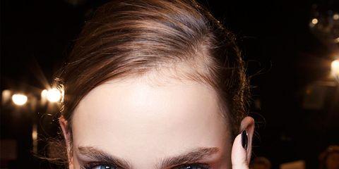 Finger, Lip, Hairstyle, Skin, Forehead, Eyelash, Eyebrow, Style, Nail, Beauty,