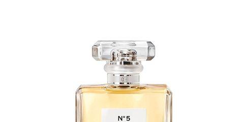 Liquid, Perfume, Fluid, Product, Bottle, Glass bottle, Solution, Cosmetics, Solvent, Distilled beverage,