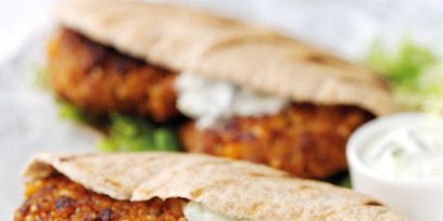 Finger food, Food, Fried food, Dish, Cuisine, Plate, Fast food, Dishware, Meat, Ingredient,