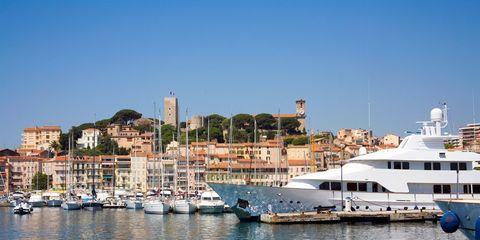 Water transportation, Marina, Luxury yacht, Harbor, Boat, Yacht, Water, Port, Sky, Vehicle,