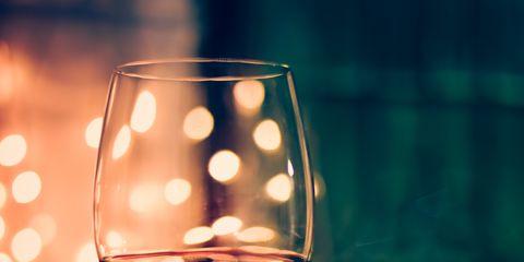 Fluid, Drinkware, Glass, Stemware, Wine glass, Liquid, Drink, Barware, Alcoholic beverage, Dessert wine,