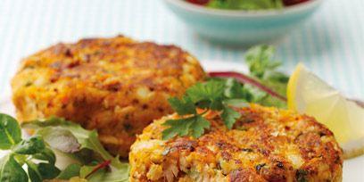 Food, Dishware, Serveware, Dish, Plate, Tableware, Ingredient, Crab cake, Cuisine, Recipe,
