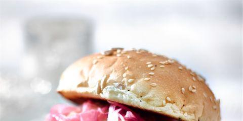 Food, Finger food, Sandwich, Cuisine, Ingredient, Baked goods, Leaf vegetable, Dish, Bun, Dishware,