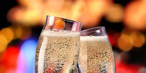 Drinkware, Glass, Stemware, Liquid, Drink, Wine glass, Alcoholic beverage, Barware, Sparkling wine, Fluid,