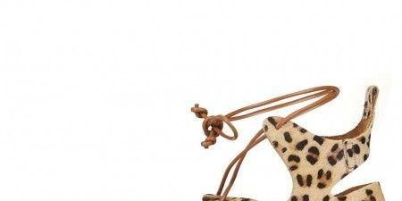 Brown, Product, White, Style, Tan, Fawn, Sandal, Beige, Metal, Fashion design,