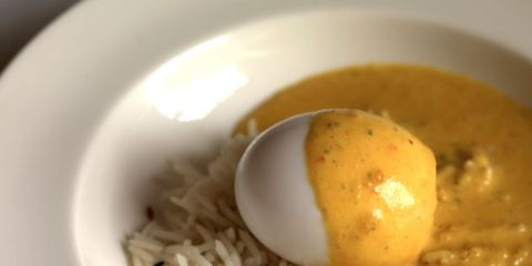 Food, Dishware, Ingredient, Egg yolk, Serveware, Cuisine, Dish, Egg white, Breakfast, Meal,