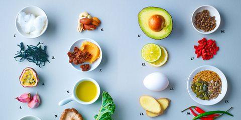 Serveware, Ingredient, Food, Dishware, Tableware, Recipe, Egg yolk, Breakfast, Photography, Dish,