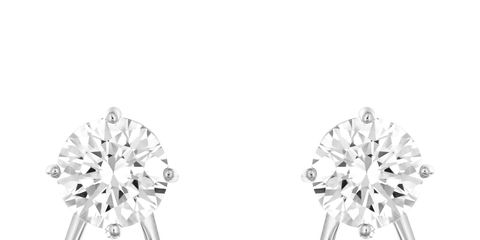 White, Style, Black-and-white, Monochrome photography, Body jewelry, Natural material, Silver, Still life photography, Gemstone, Earrings,
