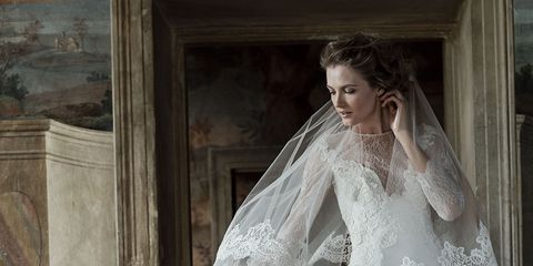 Clothing, Bridal veil, Veil, Sleeve, Dress, Bridal clothing, Shoulder, Bridal accessory, Textile, Photograph,