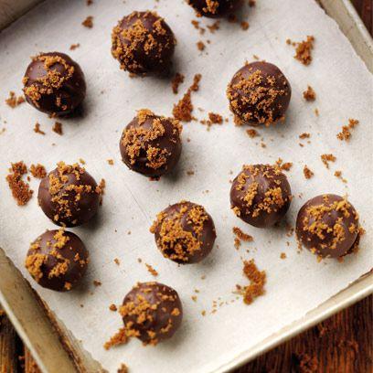 Food, Dish, Rum ball, Bourbon ball, Cuisine, Ingredient, Meatball, Dessert, Chocolate truffle, Finger food,