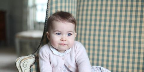 Sitting, Child, Comfort, Baby & toddler clothing, Plaid, Toddler, Linens, Baby, Tartan, Portrait photography,