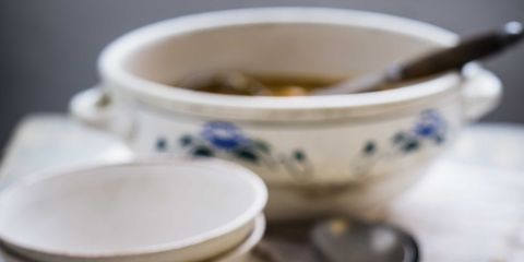 Serveware, Food, Dishware, Cuisine, Ingredient, Dish, Soup, Porcelain, Bowl, Recipe,