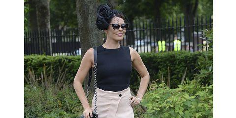 Clothing, Eyewear, Glasses, Plant, Sunglasses, Shoulder, Goggles, Style, Fashion accessory, Shrub,