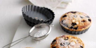 Finger food, Food, Cuisine, Baked goods, Dessert, Cooking, Cookies and crackers, Ingredient, Cookie, Recipe,