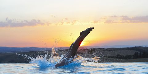 Fluid, Liquid, Sunlight, Dusk, Sunset, Evening, Ocean, Marine mammal, Sea, Wave,