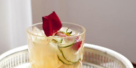 Fluid, Liquid, Drink, Serveware, Classic cocktail, Distilled beverage, Drinkware, Cocktail, Garnish, Cocktail garnish,