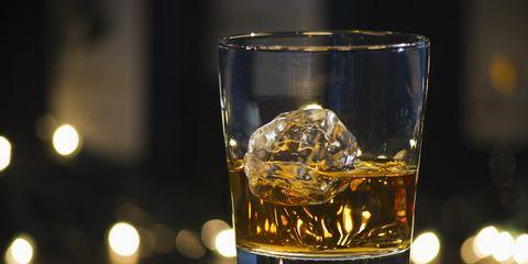 Liquid, Fluid, Drinkware, Glass, Drink, Alcoholic beverage, Alcohol, Barware, Distilled beverage, Tableware,