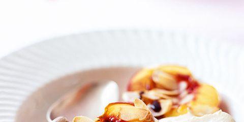 Food, Ingredient, Cuisine, Produce, Fruit, Citrus, Flowering plant, Natural foods, Dishware, Peach,