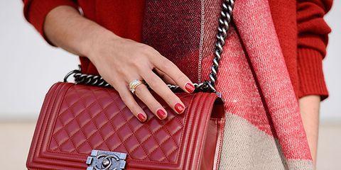 Red, Textile, Pattern, Style, Bag, Fashion, Maroon, Waist, Street fashion, Shoulder bag,