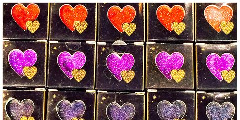 Yellow, Red, Heart, Magenta, Purple, Pink, Pattern, Line, Violet, String instrument accessory,