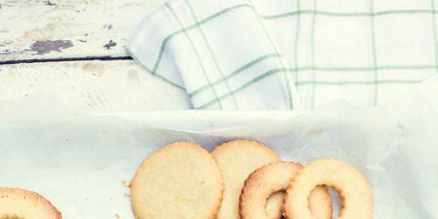 Food, Cuisine, Ingredient, Finger food, Sweetness, Dessert, Dish, Baked goods, Recipe, Breakfast,
