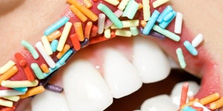Ingredient, Tooth, Sweetness, Cake decorating supply, Cake decorating, Confectionery, Craft, Snack, Sprinkles, Dessert,